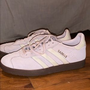 Gently Used Lilac Adidas Gazelle sneakers